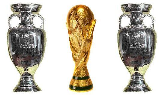 Los Trofeos De La Selección Española Visitan