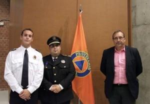 El alcalde de Morata con los jefes de la Agrupación